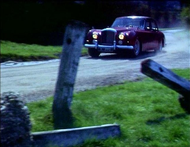 IMCDb.org: 1959 Bentley S2 Continental Sports Saloon James Young ...
