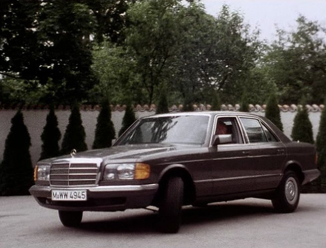 1980 mercedes benz 500 se w126 in derrick. Black Bedroom Furniture Sets. Home Design Ideas