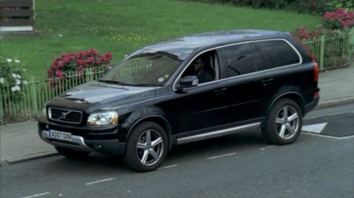 "IMCDb.org: 2008 Volvo XC90 D5 SE Sport Gen.1 in ""Spooks, 2002-2011"""