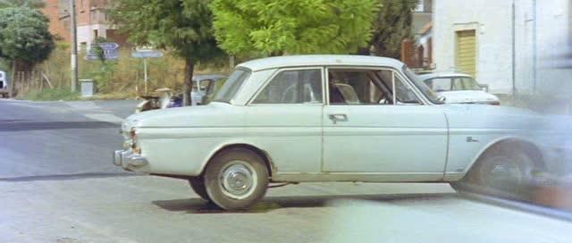 1963 ford taunus 12m p4 in il giustiziere. Black Bedroom Furniture Sets. Home Design Ideas