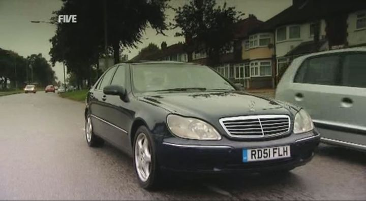 2002 mercedes benz s 320 cdi w220 in fifth gear 2002 2015. Black Bedroom Furniture Sets. Home Design Ideas
