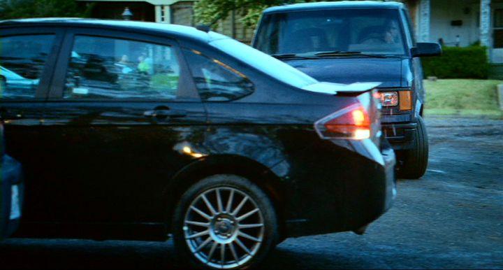 """IMCDb 2010 Ford Focus SES in """"Vampires Suck 2010"""""""