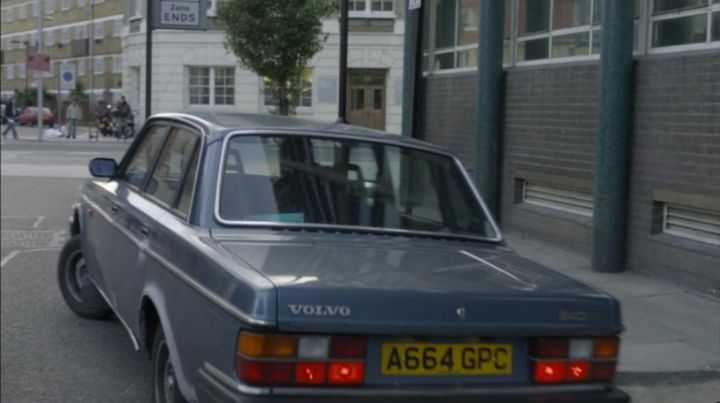 "Cars 1 Movie Online >> IMCDb.org: 1984 Volvo 240 GL [244] in ""Luther, 2010-2015"""