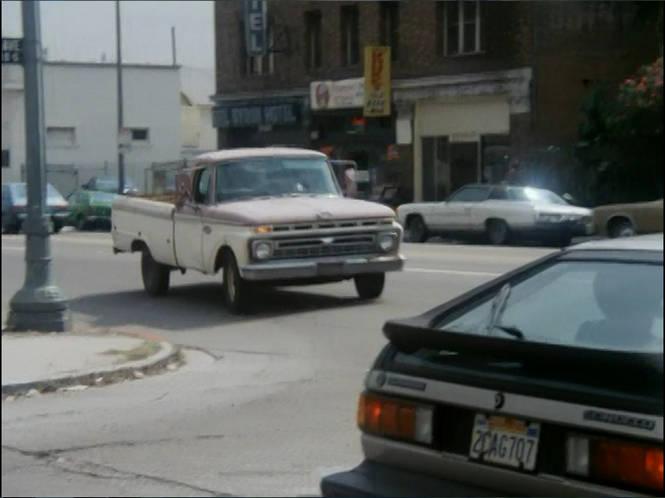 IMCDb org: 1985 Volkswagen Scirocco MkII [Typ 53B] in