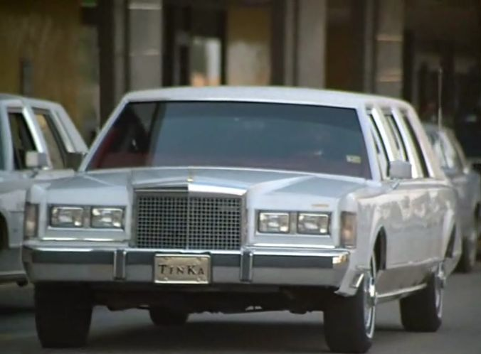 Imcdb Org 1985 Lincoln Town Car Stretched Limousine In Picasso