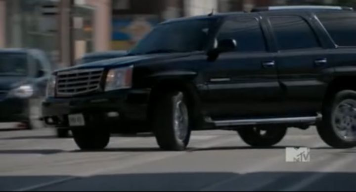 2003 Cadillac Escalade [GMT820]