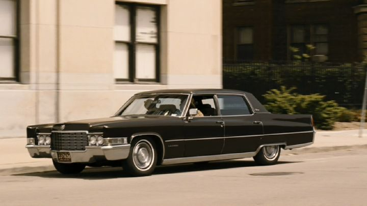 "imcdb: 1970 cadillac fleetwood 60 special brougham in ""the job"