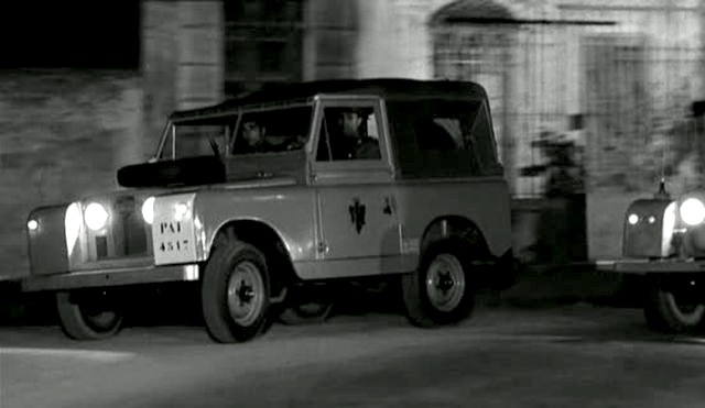 Land-Rover 88'' Series IIa
