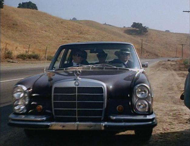 1968 mercedes benz 280 se w108 in i spy. Black Bedroom Furniture Sets. Home Design Ideas