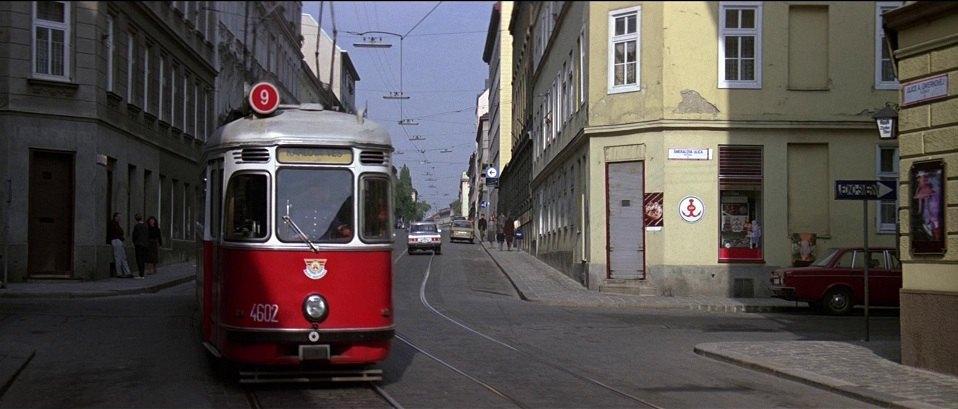 "IMCDb.org: 1970 Volvo 144 In ""The Living Daylights, 1987"""