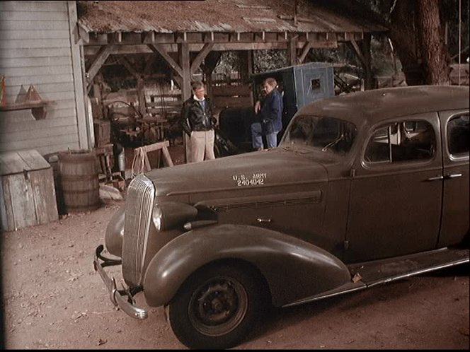 1936 Buick Special [41]