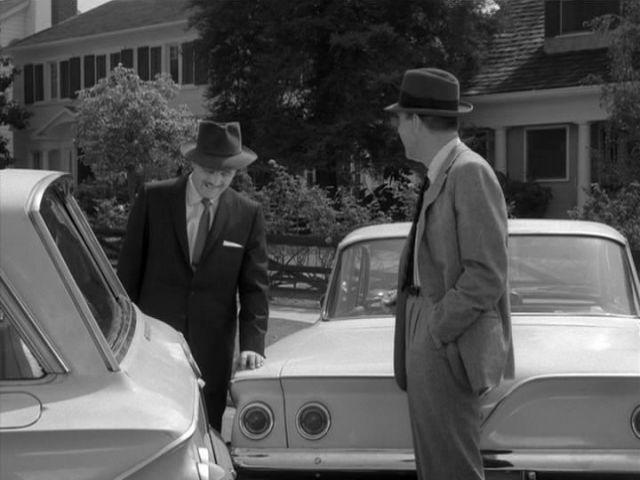 "Chevrolet Bel Air >> IMCDb.org: 1961 Chevrolet Bel Air Sport Sedan [1639] in ""My Three Sons, 1960-1972"""