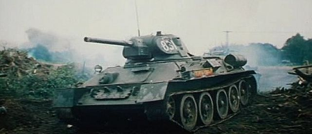 Uralvagonzavod T-34/85 Customized as T-34/76