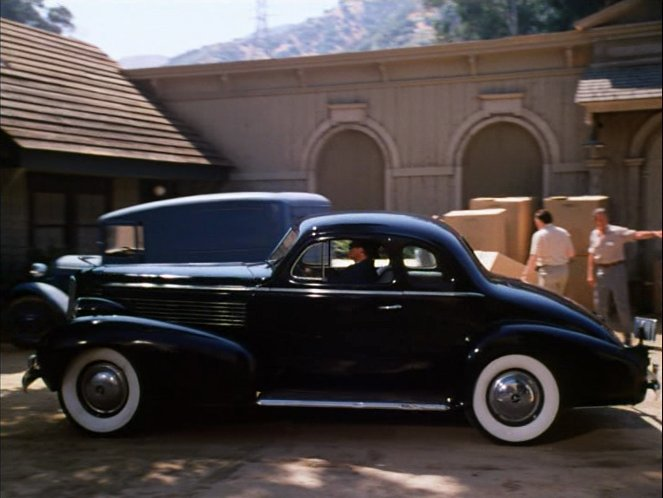 1938 La Salle Tail Pictures to Pin on Pinterest  PinsDaddy