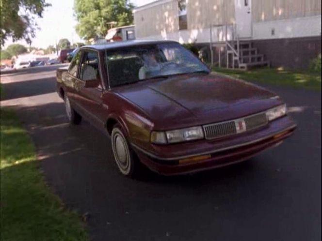 imcdb org 1989 oldsmobile cutlass ciera in american movie 1999 imcdb org