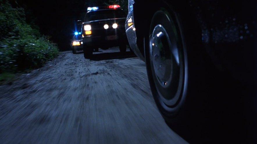 "Chevrolet Blazer 2016 >> IMCDb.org: 1983 Chevrolet Blazer [K-5] in ""Final Destination, 2000"""