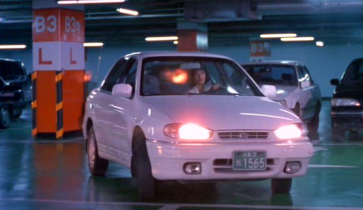 IMCDb.org: 1993 Hyundai Elantra Deluxe [J1] in