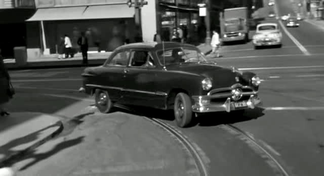 1950 Ford Custom De Luxe Tudor Sedan [70B]