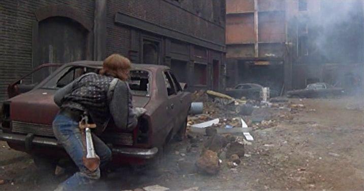 2019 после падения нью-йорка 1983  бесплатно