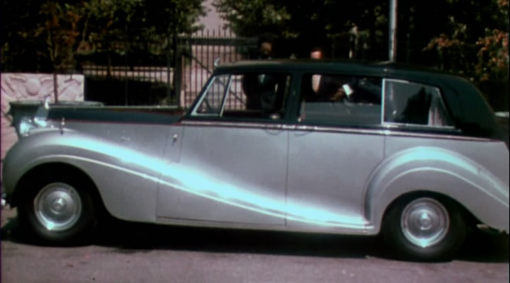 1952 Rolls-Royce Silver Wraith Limousine by H.J. Mulliner