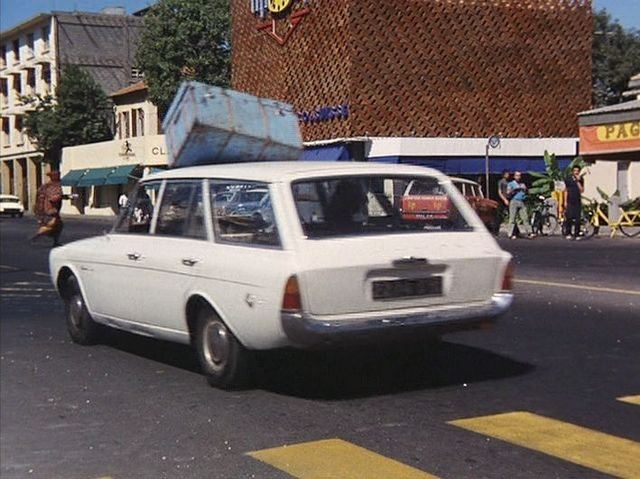 1965 ford taunus 17m turnier p5 dans touki. Black Bedroom Furniture Sets. Home Design Ideas