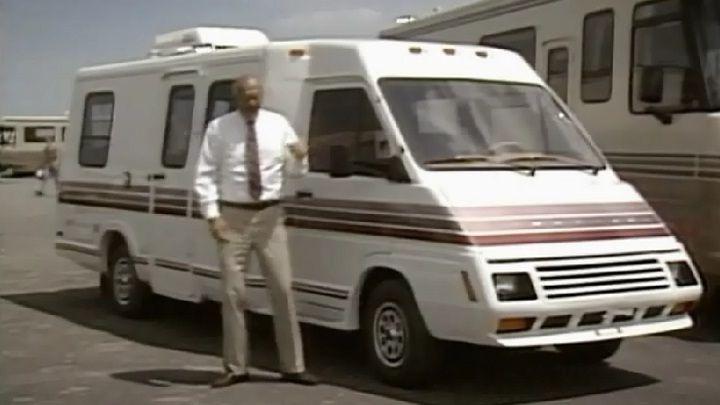 IMCDb org: 1989 Winnebago LeSharo in