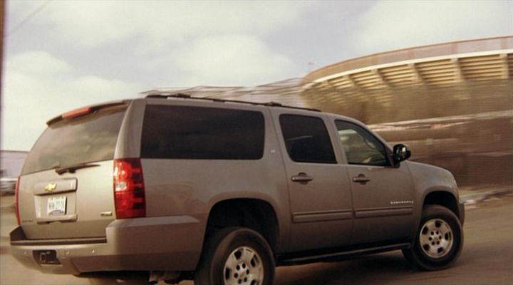 2007 chevrolet suburban 1500 lt gmt931 in across the line the exodus of charlie. Black Bedroom Furniture Sets. Home Design Ideas