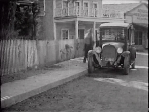 1926 Dodge Brothers �-Ton Screen Commercial Car