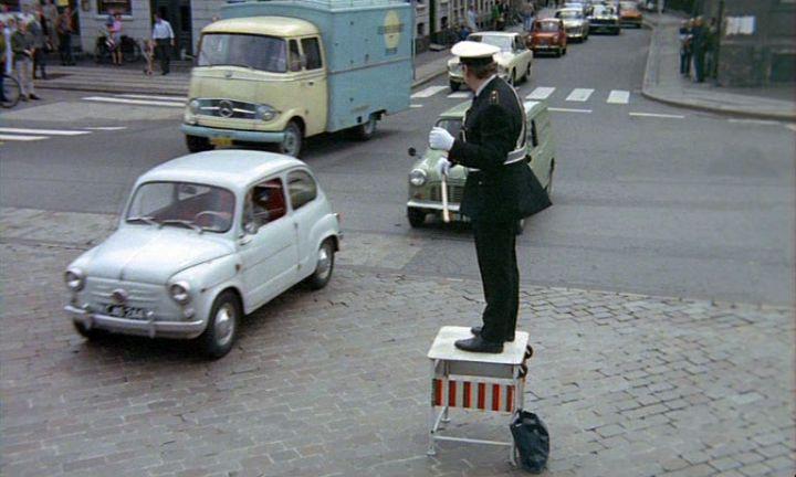 IMCDb.org: 1963 Fiat 600 D [100D] in