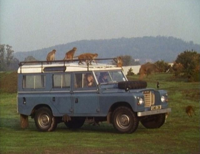 1974 Land-Rover 109'' Series III Station Wagon