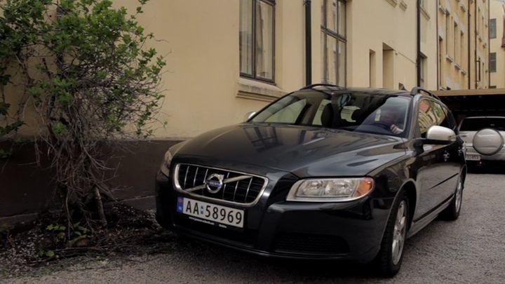 IMCDb.org: 2010 Volvo V70 DrivE D Gen.3 in