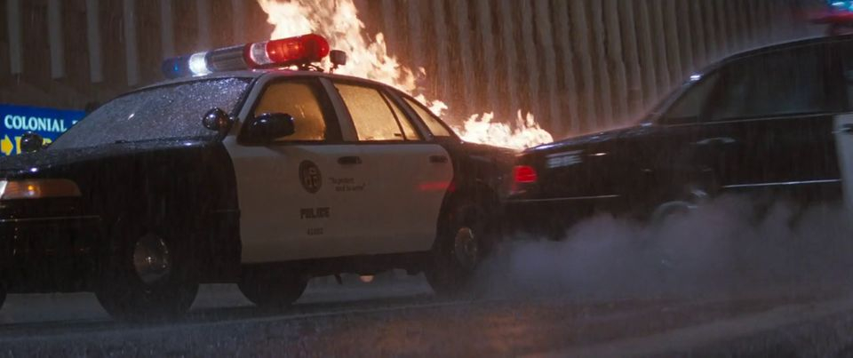 """Lapd Crown Victoria >> IMCDb.org: 1993 Ford Crown Victoria [P71] in """"Lethal Weapon 4, 1998"""""""