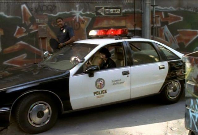 "IMCDb.org: 1991 Chevrolet Caprice 9C1 in ""Star Trek: Voyager, 1995-2001"""