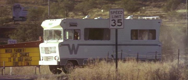 1975 Winnebago Indian Motorhome http://www.imcdb.org/vehicle_486128-Winnebago-Brave.html