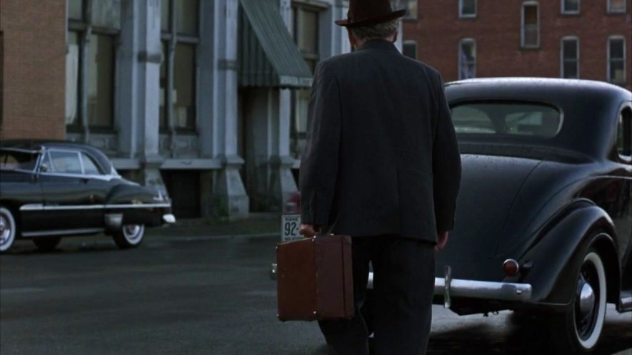 1951 Pontiac Chieftain De Luxe Catalina Two-Door Hardtop [2537D]