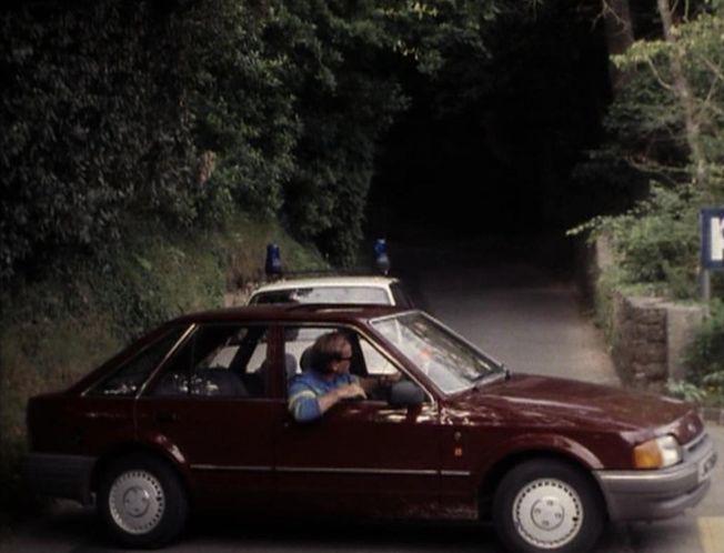 Ford Bergerac : 1986 ford escort ghia mkiv in bergerac 1981 1991 ~ Gottalentnigeria.com Avis de Voitures