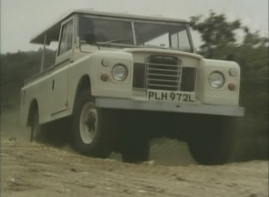 1973 Land-Rover 109'' Series III