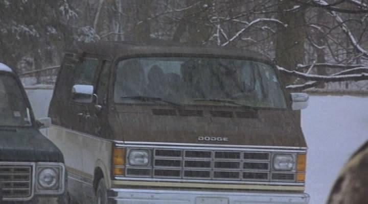 I on 1989 Dodge Ram Van