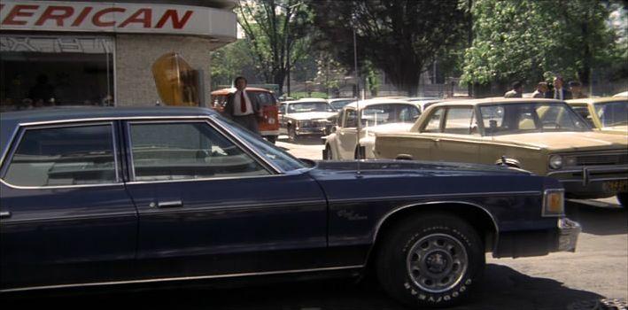 IMCDb.org: 1975 Dodge Royal Monaco in