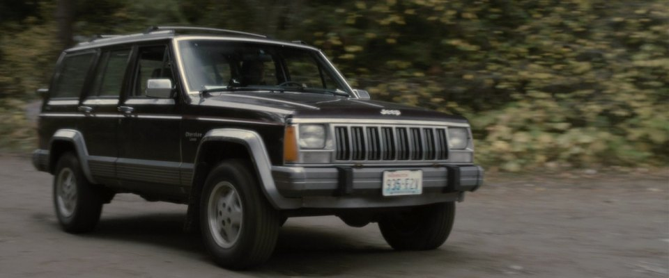 1990 jeep cherokee laredo xj in the tall man 2012. Black Bedroom Furniture Sets. Home Design Ideas