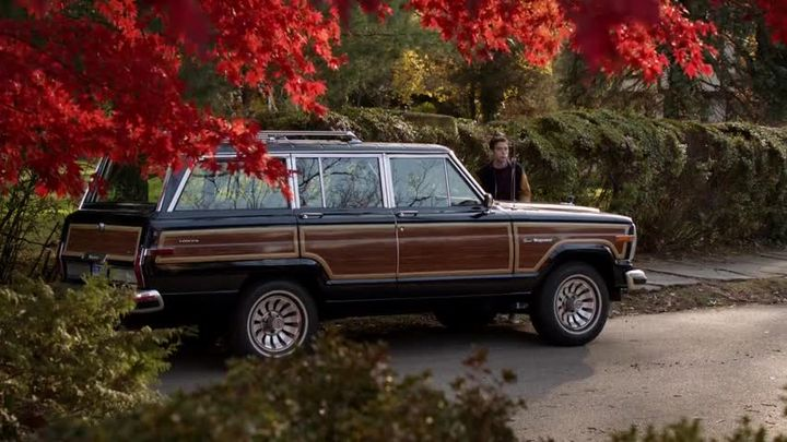 org 1987 jeep grand wagoneer sj in the carrie diaries 2013 2014. Cars Review. Best American Auto & Cars Review