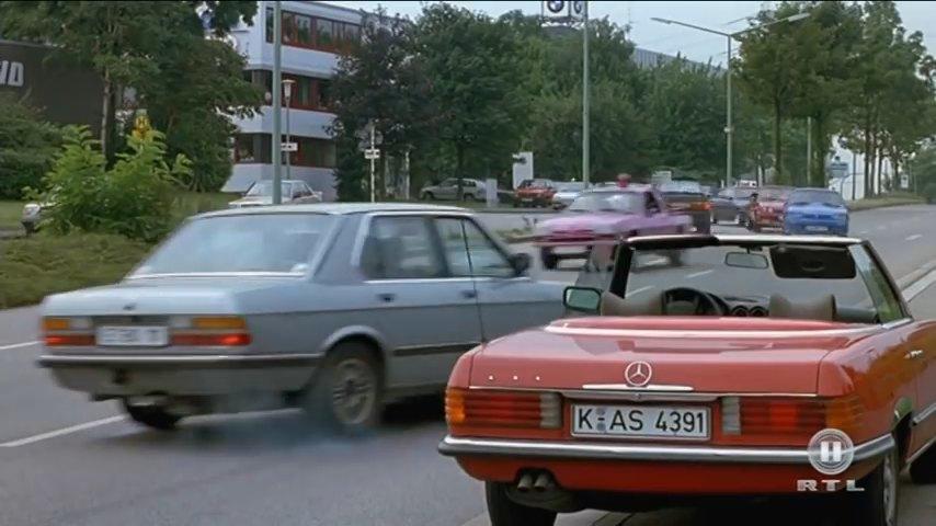 Imcdb 1983 Bmw 524td E28 In Manta Der Film 1991