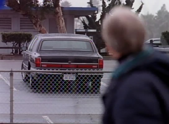 1993 lincoln town car in beverly hills 90210 for Lincoln motor company lincoln maine