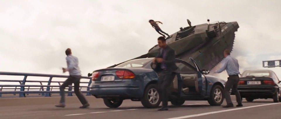 IMCDb.org: 2000 Chevrolet Alero in Furious 6, 2013