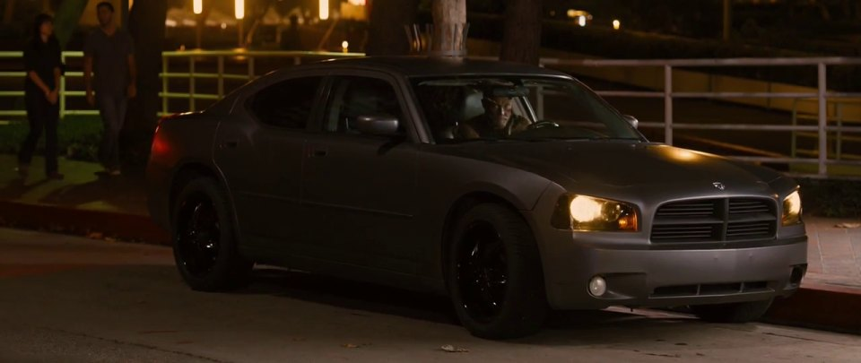 Imcdb Org 2006 Dodge Charger Lx In Identity Thief 2013