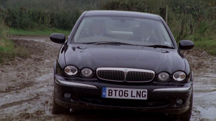 2006 jaguar x type 2 5 v6 se x400 in midsomer murders 1997 2017. Black Bedroom Furniture Sets. Home Design Ideas