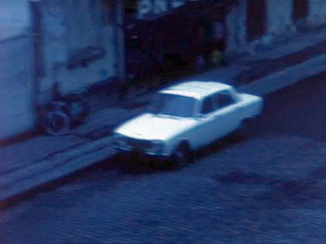 1970 peugeot 304 in le jardin qui bascule 1974 for Le jardin qui bascule streaming