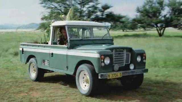 land rover 109 39 39 series iii in magic journey to africa 2010. Black Bedroom Furniture Sets. Home Design Ideas