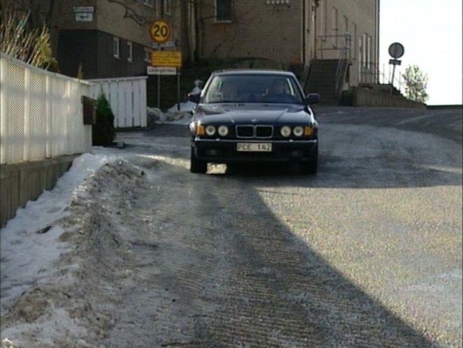 IMCDb.org: 1987 BMW 750iL [E32] in \