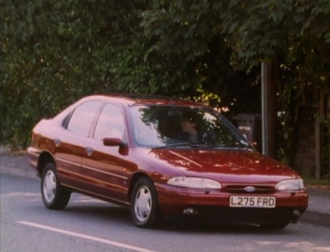 1993 ford mondeo 2 0 ghia mki in murder most horrid 1991 1999. Black Bedroom Furniture Sets. Home Design Ideas